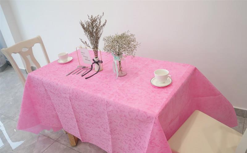 table cloths 1